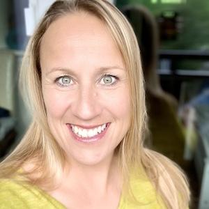 Speaker - Deborah Petek